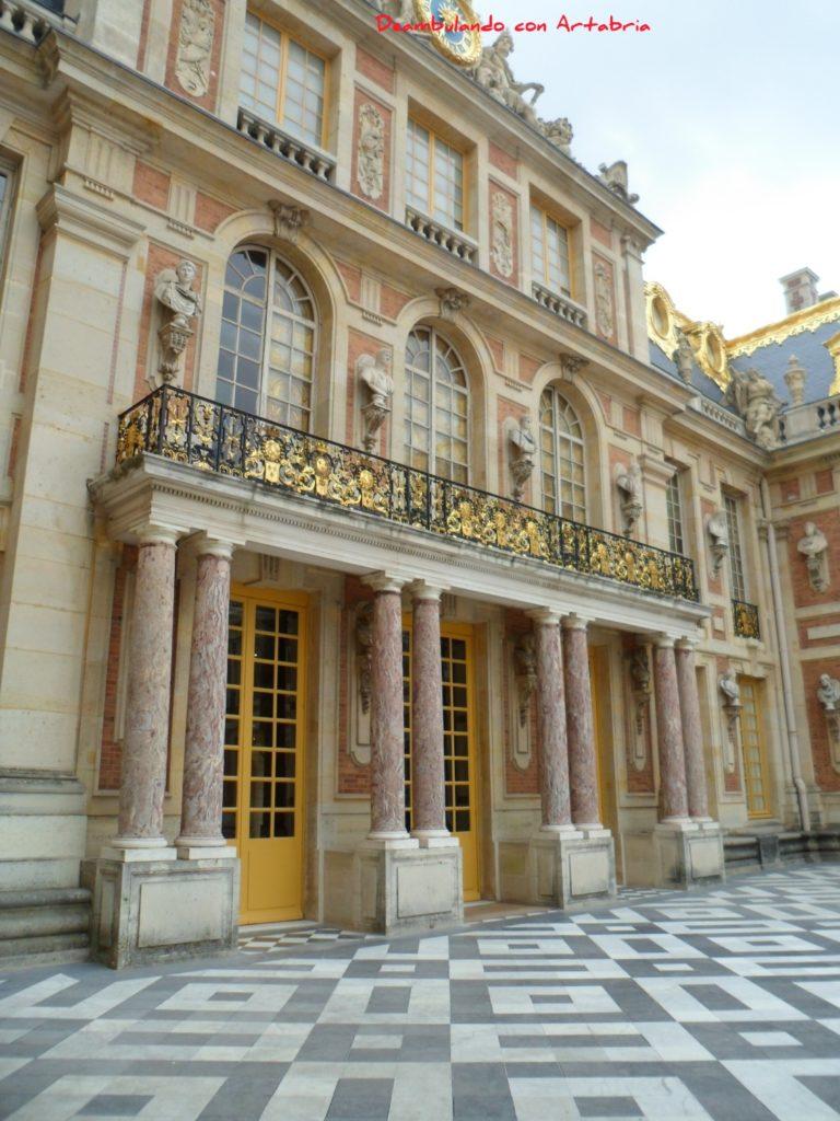 SAM 2228 768x1024 - Visitando el Palacio de Versalles