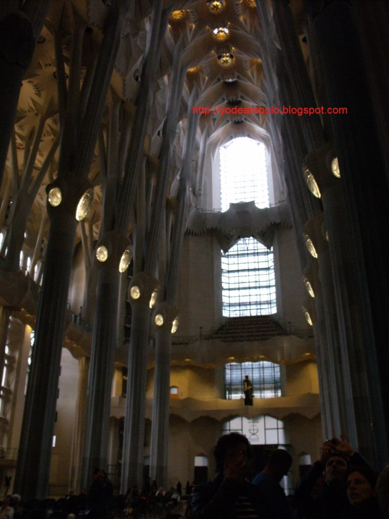 barcelona 30abril2011 282829 768x1024 - Barcelona en un día