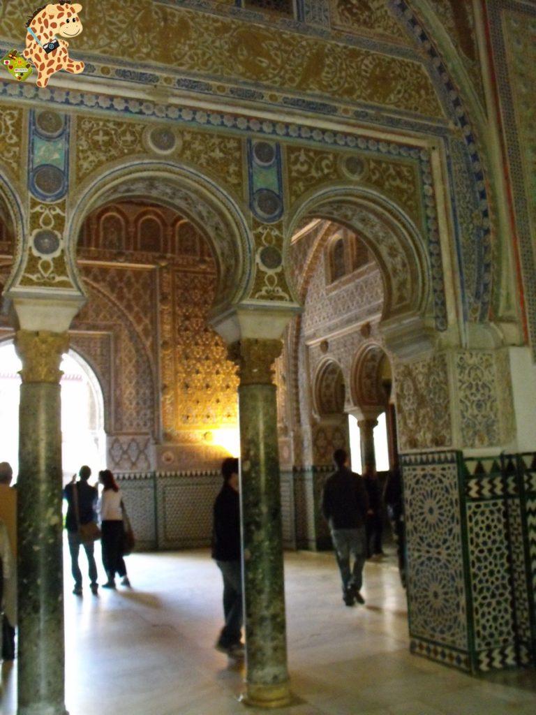 sevilla 282029 768x1024 - Cinco visitas imprescindibles en Sevilla