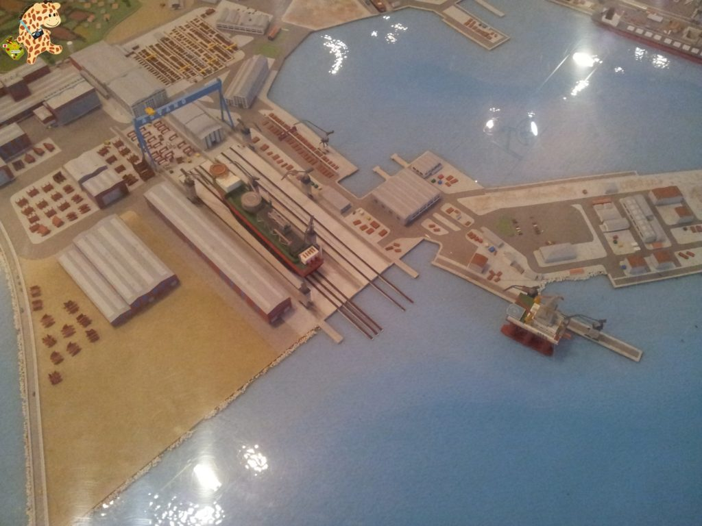20130824 120303 1024x768 - La ruta de la construcción naval - Ferrol