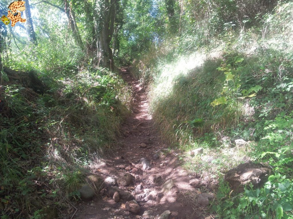 20130912 125705 1024x768 - La Garrotxa - Rutas de senderismo