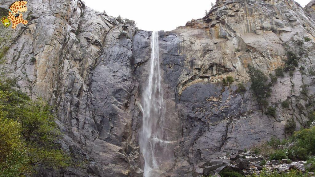 yosemite285029yosemitedeambulandoconartabria 1024x576 - Un día en Yosemite