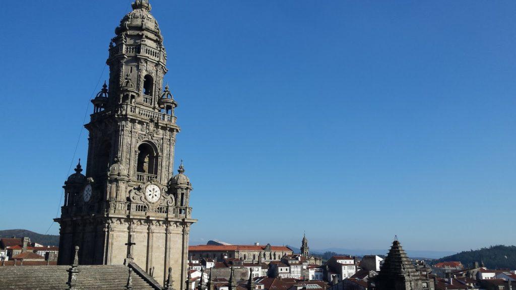 20150926 181009 1024x576 - Visita a los tejados de la catedral de Santiago