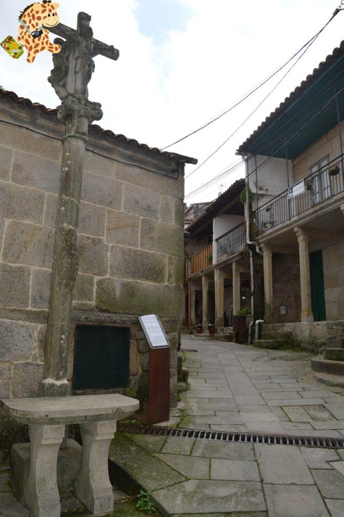poioyalanzada282829 681x1024 - Qué ver en las Rías Baixas: Combarro y A Lanzada