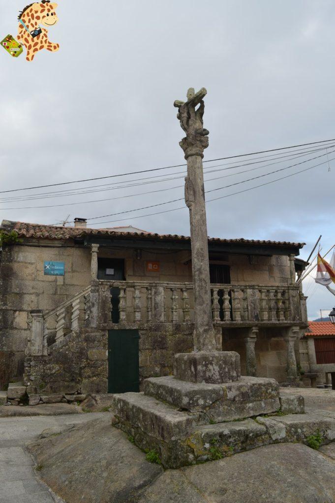 poioyalanzada284029 681x1024 - Qué ver en las Rías Baixas: Combarro y A Lanzada