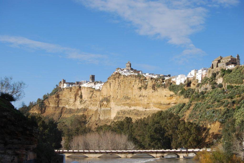 arcosdelafrontera 1024x685 - Las ciudades más bonitas de España (II)