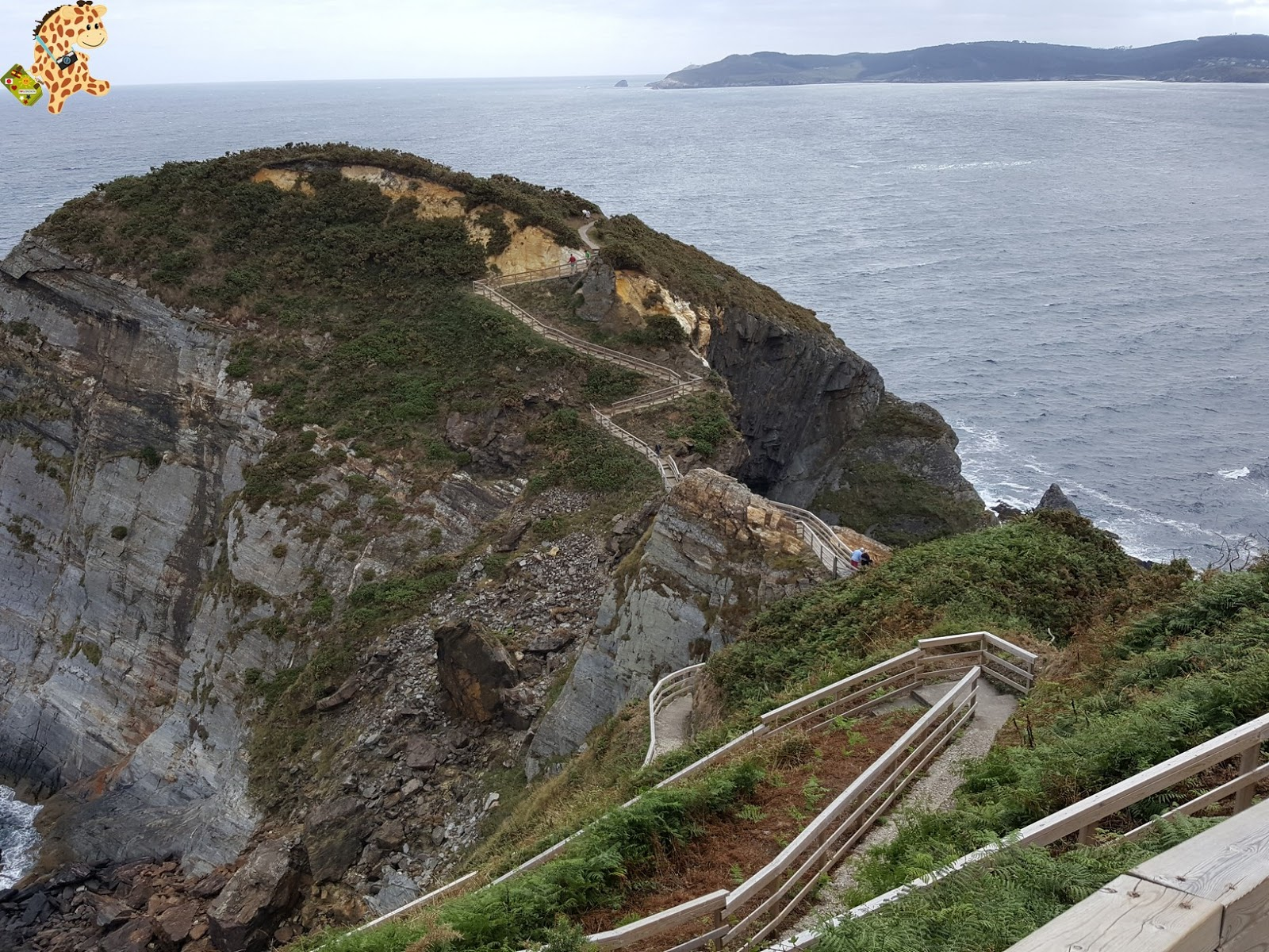 Cómo llegar y qué ver en O Fuciño do Porco (Punta Socastro) – O Vicedo