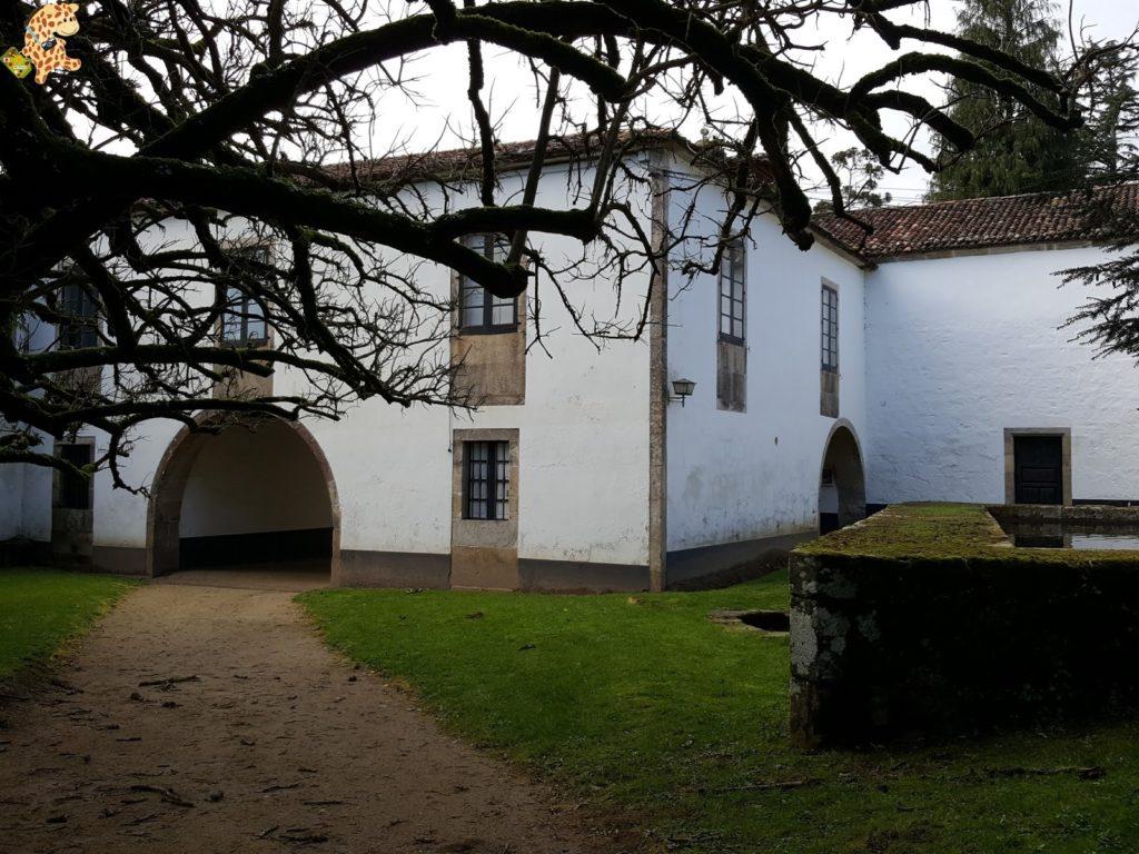 pazodesantacruzderivadulla282129 1024x768 - Pazo de Rivadulla y su magnífico paseo de olivos (Vedra)