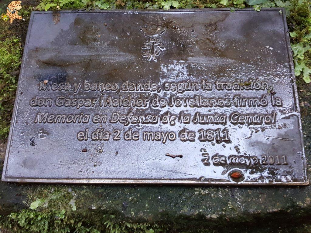 pazodesantacruzderivadulla28329 1024x768 - Pazo de Rivadulla y su magnífico paseo de olivos (Vedra)