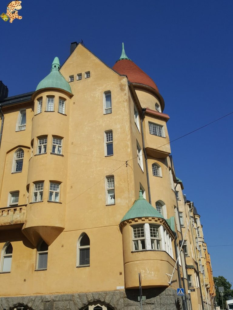 helsinkienundiadesdetallin282229 768x1024 - Helsinki desde Tallin