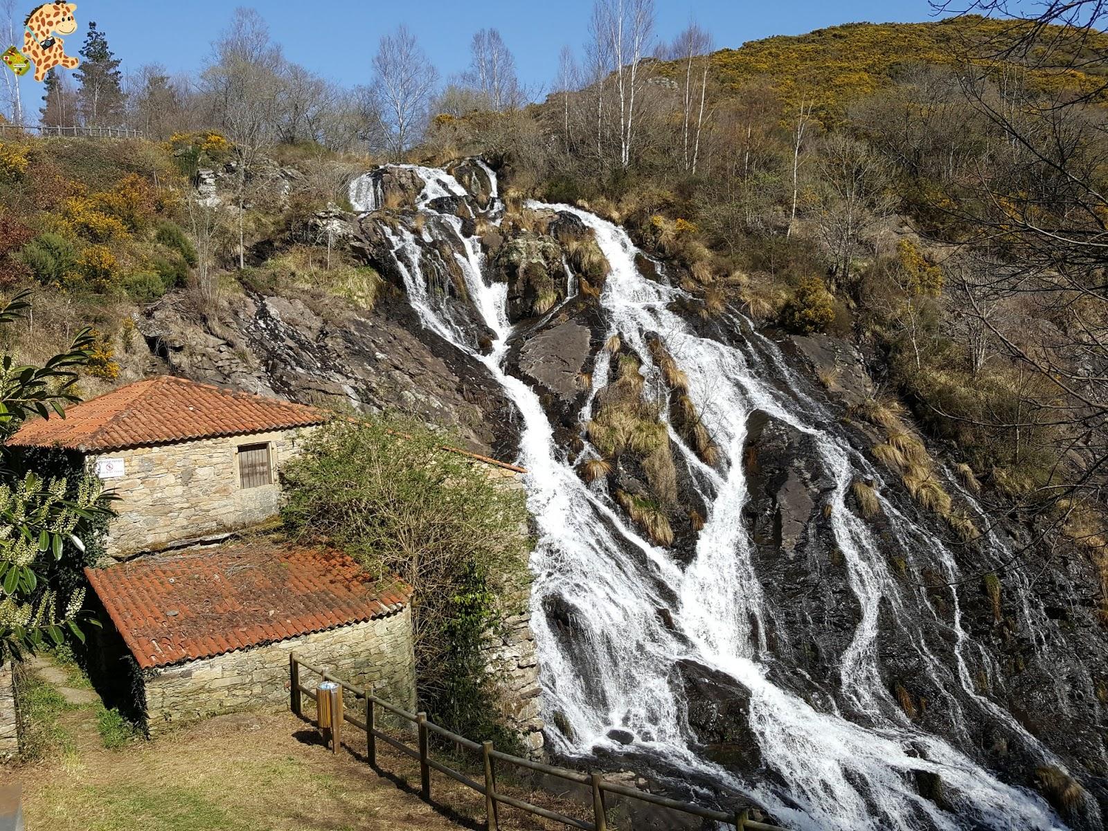 Melide y alrededores: fervenza de Toques y fortaleza de San Paio de Narla