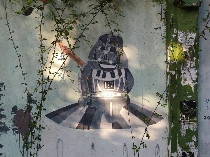 las meninas ferrol 5 - 5 lugares con arte urbano en Galicia