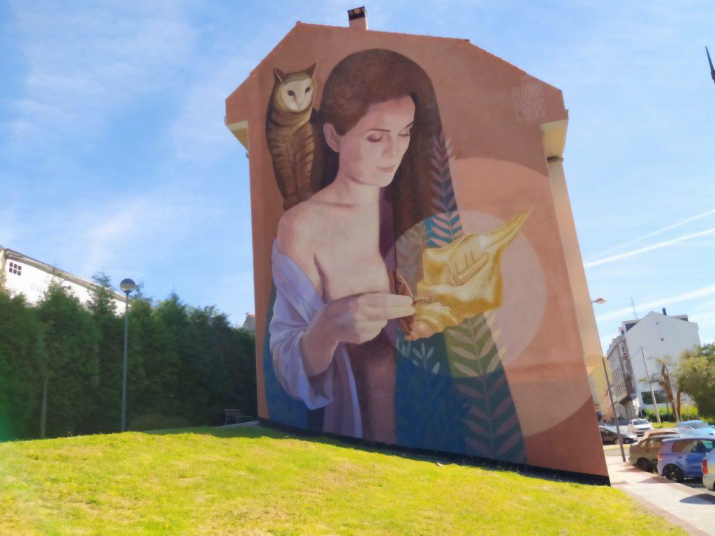 murales cambre 1 1024x768 - 5 lugares con arte urbano en Galicia