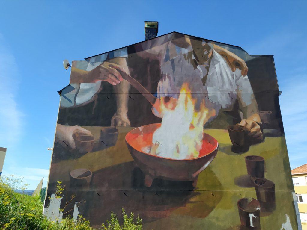 murales cambre 2 1024x768 - 5 lugares con arte urbano en Galicia