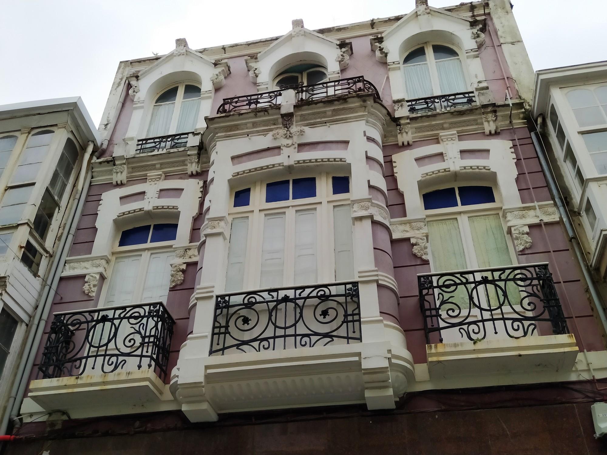 ferrol y naron 10 - Ferrol: modernismo, playas de infarto y Las Meninas de Canido