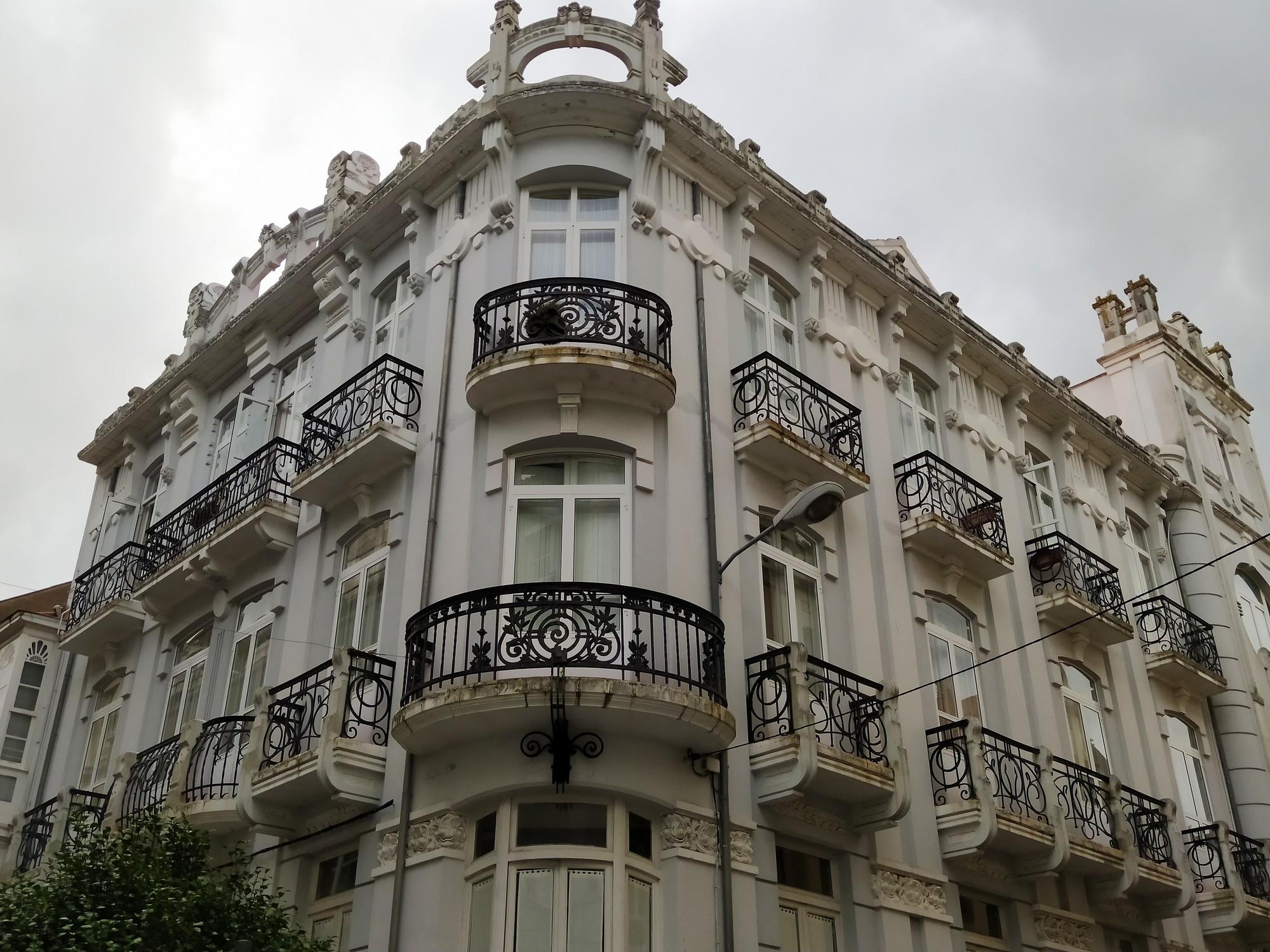 ferrol y naron 9 - Ferrol: modernismo, playas de infarto y Las Meninas de Canido