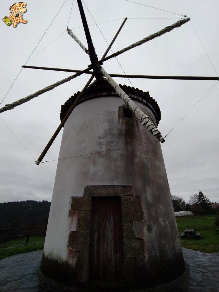 molino mino 3 768x1024 - Molinos de viento en Galicia: molino de Boucelo en Miño